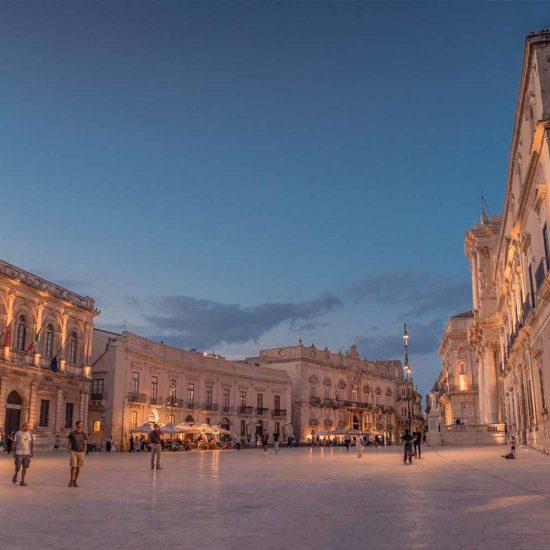Piazza del duomo Ortigia