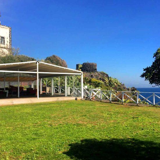 """Stabilimento balneare """"Il Faro"""" a Capo Mulini"""