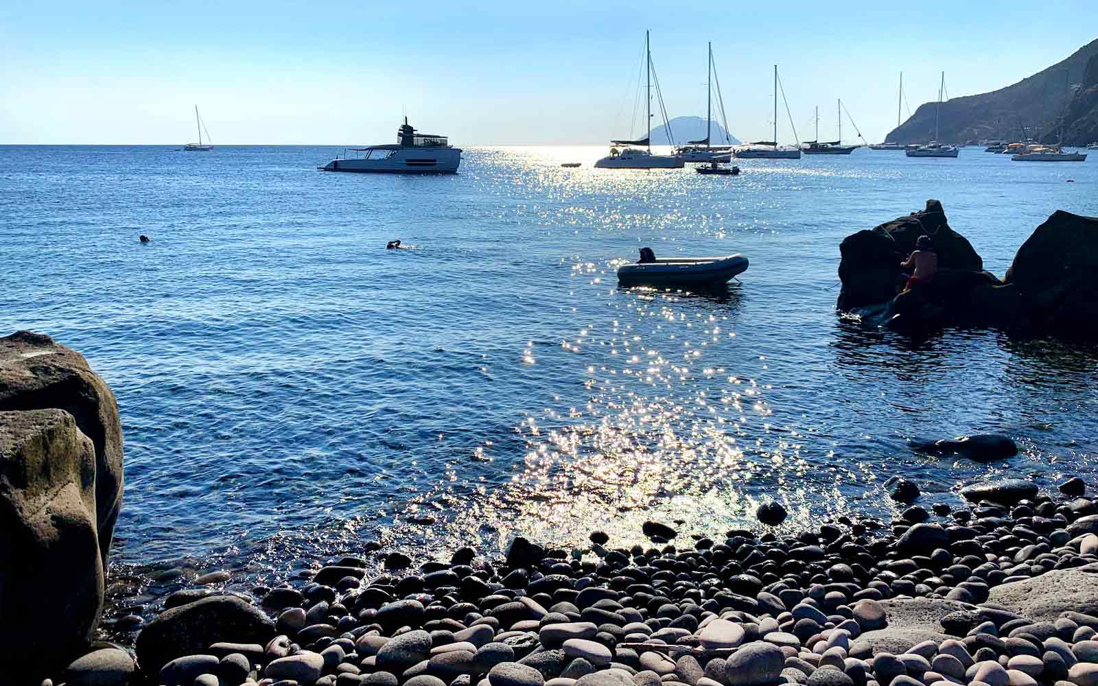 Filicudi, spiaggia Le Punte