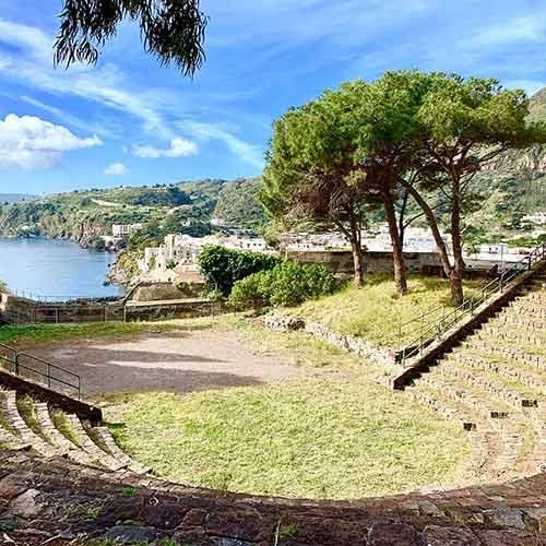 Lipari, piccolo anfiteatro