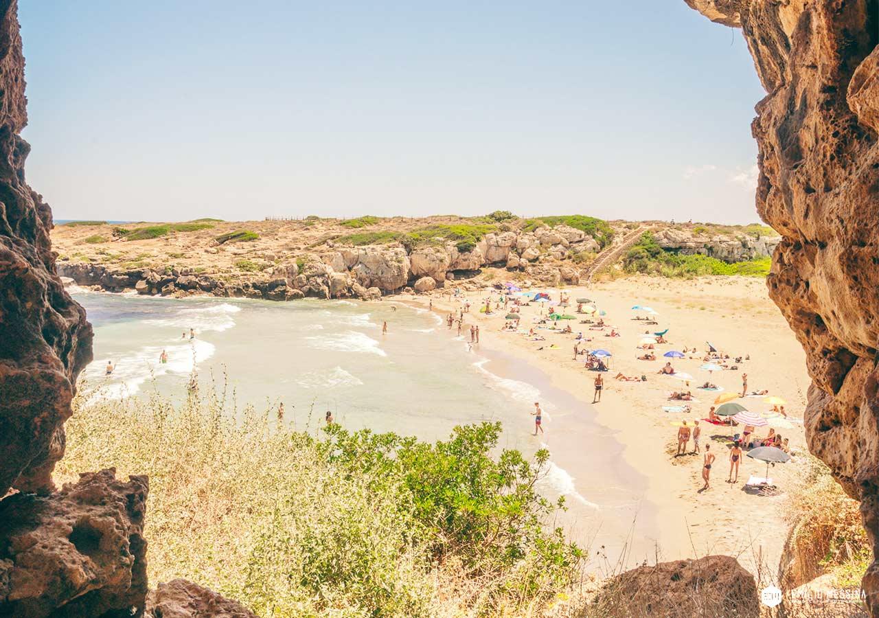 Vista sulla spiaggia di Calamosche