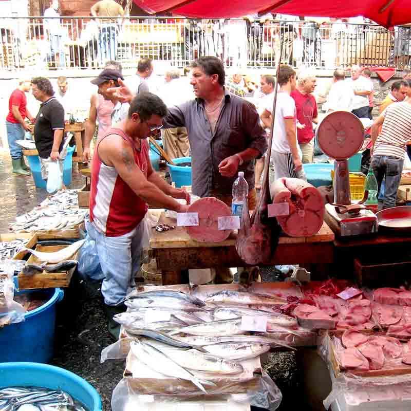 La famosissima pescheria di Catania