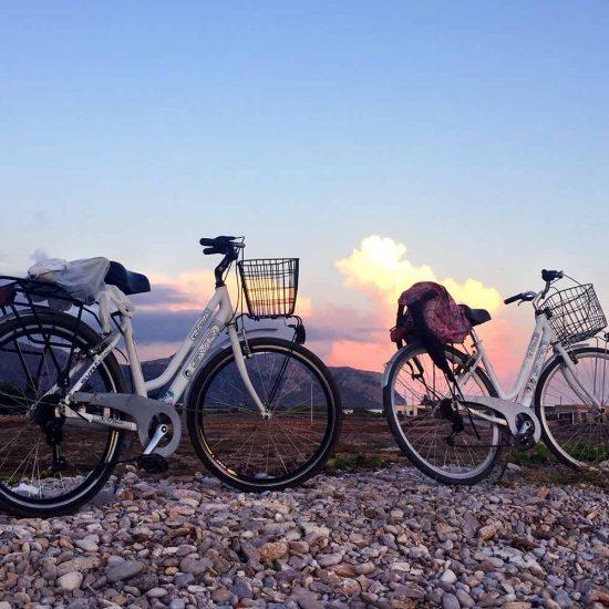 In Bicicletta a Favignana