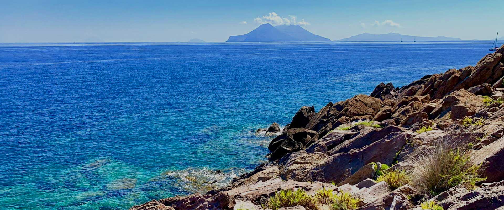 Isole Eolie, Filicudi, viaggio in sicilia