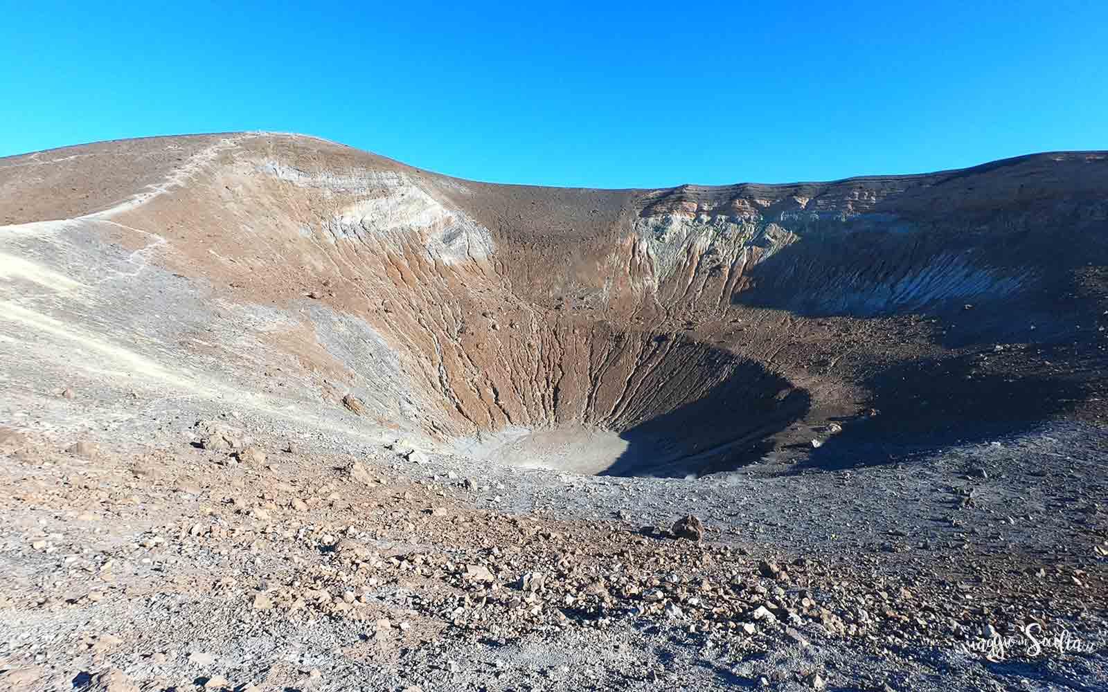Cratere di Vulcano Viaggio in Sicilia